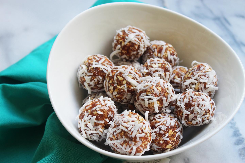 coconut-date-bites